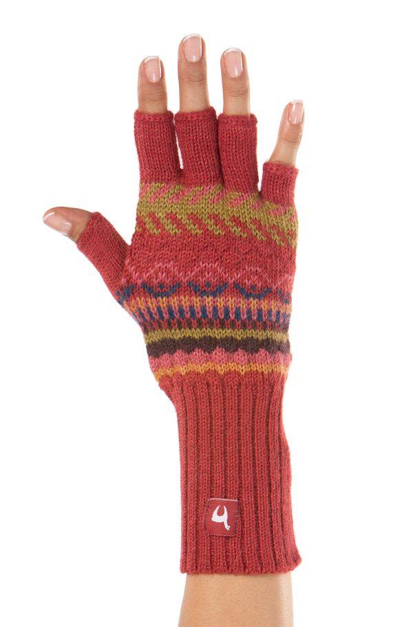 Vingerloze handschoenen dames gebreid van alpaca wol in Peru