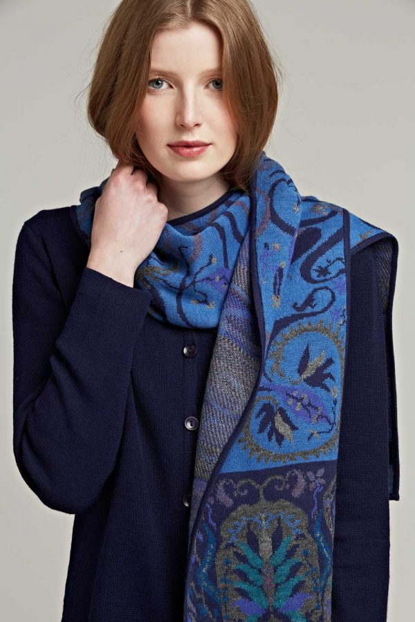 Alpaca wollen gebreide shawl gebloemd motief Manuela Bedford