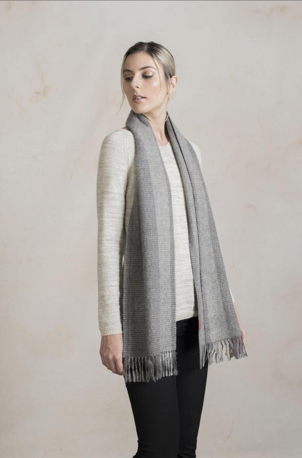 Alpaca wollen grijs geruite sjaal