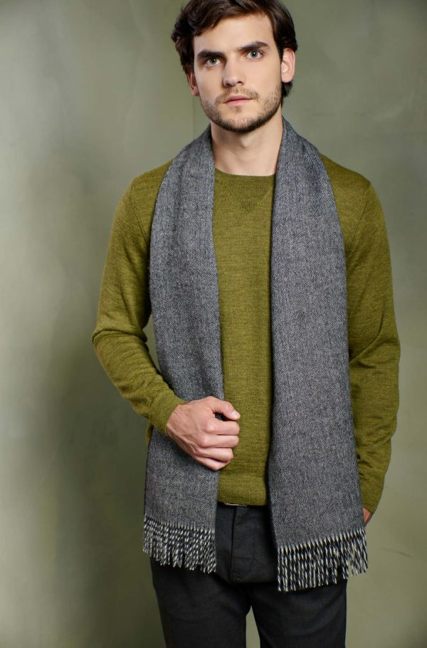 Grijze alpaca wollen shawl visgraatmotief KUNA