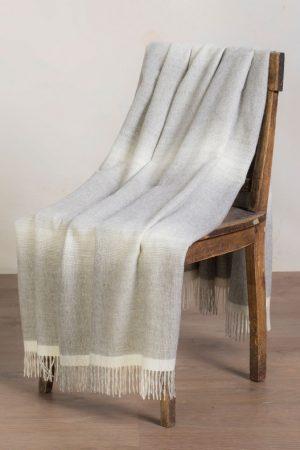 Alpaca wollen plaid grijs met wit geweven