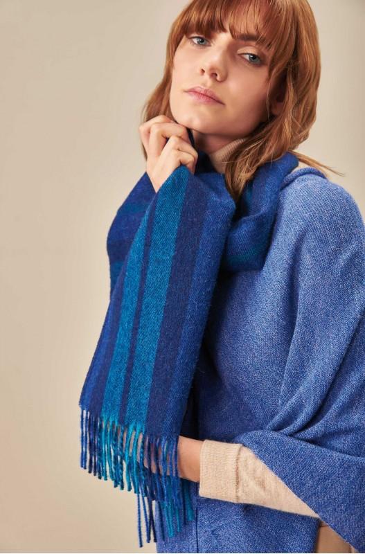 Geweven alpaca wollen shawl blauw gestreept KUNA